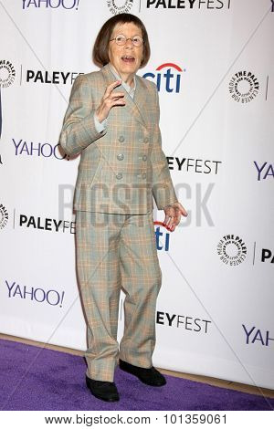 LOS ANGELES - SEP 11:  Linda Hunt at the PaleyFest 2015 Fall TV Preview - NCIS: Los Angeles at the Paley Center For Media on September 11, 2015 in Beverly Hills, CA