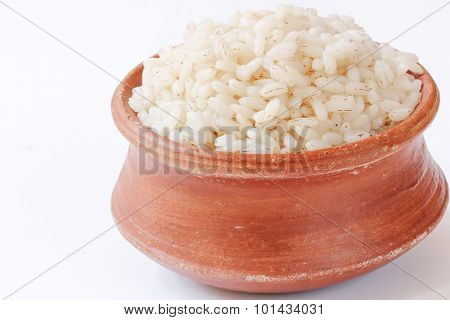 Parboiled rice - Boiled rice in earthen pot