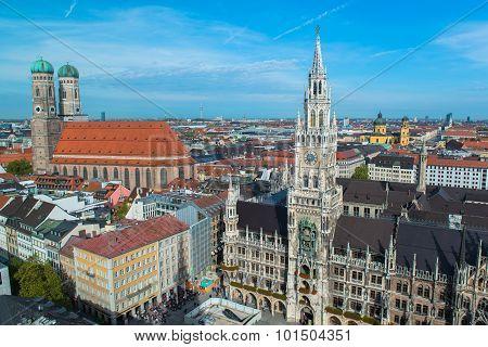 Aerial view of Munchen Marienplatz, Frauenkirche