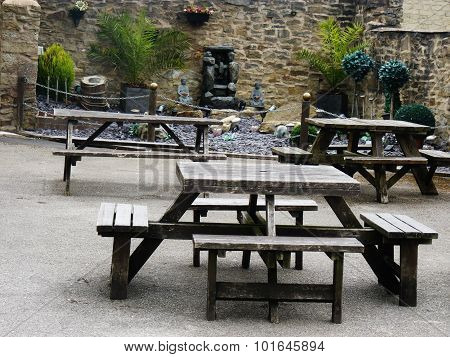 beergarden of a country pub that serves food as well as drink