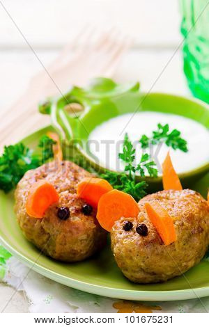 Fanny Minced Meat Mouse