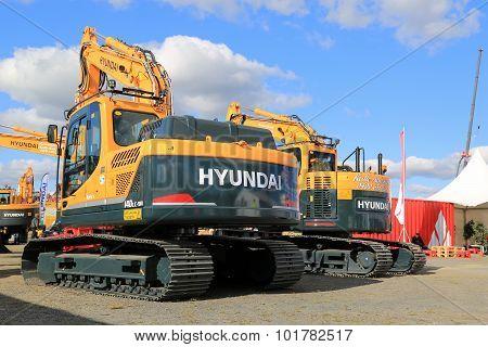 Large Hyundai 140Lc Crawler Excavator