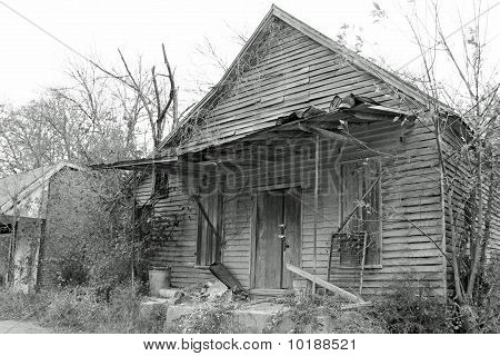 old shack in black and white