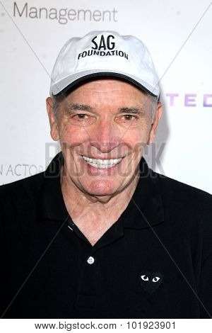 LOS ANGELES - JUN 8:  Tom Bower at the SAG Foundations 30TH Anniversary LA Golf Classi at the Lakeside Golf Club on June 8, 2015 in Toluca Lake, CA