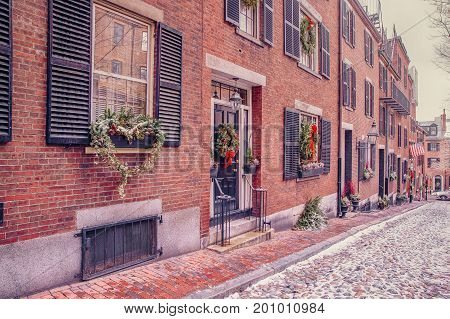 Acorn street in Boston on Christmas. the narrowest street in Boston, Massachusetts, USA. White Christmas