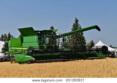 MOORHEAD, MINNESOTA, July 22, 2017: Anheuser-Busch sponsored Grower Days honoring farming who grow barley for the malting process which included displaying a John Deere self propelled combine in harvesting the barley.