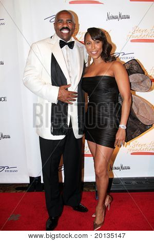 NEW YORK - MAY 3: Steve Harvey and wife Marjorie attend the New York Gala benefiting the Steve Harvey Foundation at Cipriani's, Wall Street on May 3, 2010 in New York City.