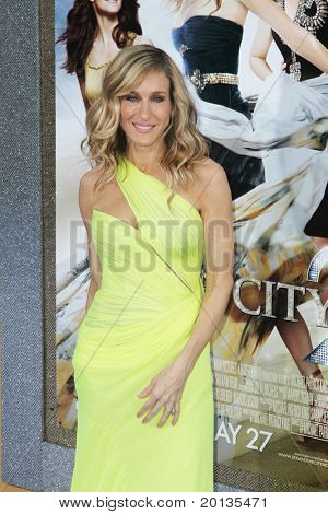 "NEW YORK - MAY 24: Actress Sarah Jessica Parker attends the premiere of ""Sex and the City 2"" at Radio City Music Hall on May 24, 2010 in New York City."