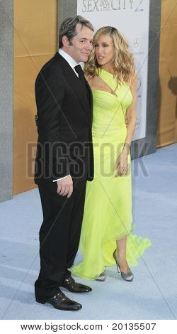 """NEW YORK - MAY 24: Matthew Broderick and Sarah Jessica Parker attend the premiere of """"Sex and the City 2"""" at Radio City Music Hall on May 24, 2010 in New York City."""