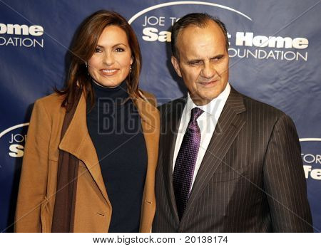 NEW YORK - NOV 11: Mariska Hargitay and Joe Torre attend the 8th Annual Joe Torre Safe at Home Foundation Gala at Pier Sixty at Chelsea Piers on November 11, 2010 in New York City.