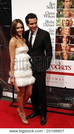 """NEW YORK - DECEMBER 15: Jessica Alba and husband Cash Warren attend the world premiere of """"Little Fockers"""" at the Ziegfeld Theatre on December 15, 2010 in New York City."""