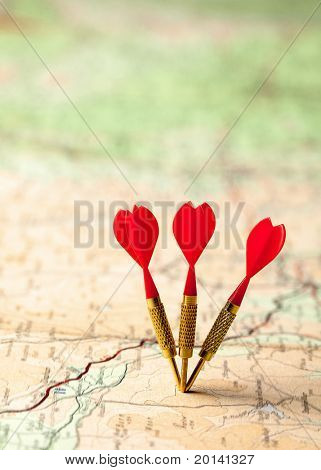 Red darts in a shallow focus map