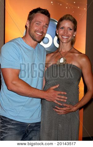 LOS ANGELES - MAY 14:  Chris Powell & wife at the Disney ABC Television Group May Press Junket 2011 at ABC Building on May 14, 2011 in Burbank, CA