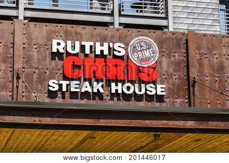 Indianapolis - Circa August 2017: Ruth's Chris Steak House Restaurant. Ruth's Chris is one of the largest upscale steakhouses in the US I