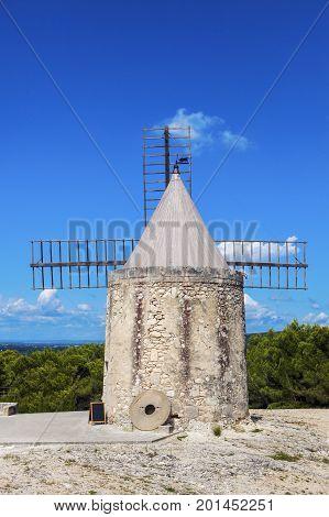 Moulin de Daudet. Fontvieille Provence-Alpes-Cote d'Azur France.