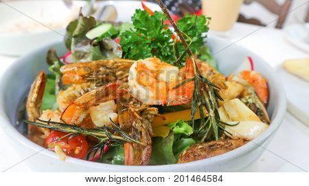 shrimp and vegetable salad or mixed salad