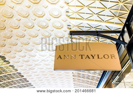 Washington Dc, Usa - July 1, 2017: Inside Union Station In Capital City With Shopping Mall And Ann T