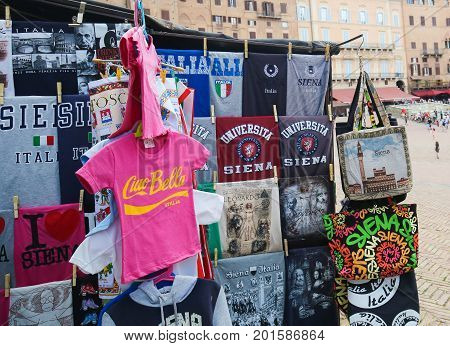 Siena T-shirts