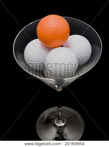 golf party glass with golf balls