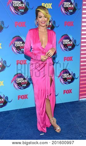 LOS ANGELES - AUG 13:  Rita Ora arrives for the Teen Choice Awards 2017 on August 13, 2017 in Los Angeles, CA
