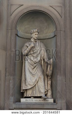 FLORENCE, ITALY - МАY 25, 2017: Dante Allighieri. Statue in the Uffizi Gallery, Florence, Tuscany, Italy