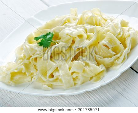 Pasta Fettuccine Alfredo