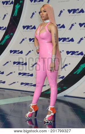 LOS ANGELES - AUG 27:  Nicki Minaj at the MTV Video Music Awards 2017 at The Forum on August 27, 2017 in Inglewood, CA