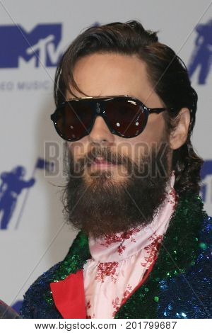 LOS ANGELES - AUG 27:  Jared Leto at the MTV Video Music Awards 2017 at The Forum on August 27, 2017 in Inglewood, CA
