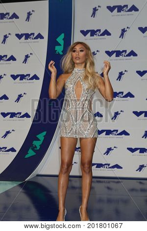 LOS ANGELES - AUG 27:  Eva Gutowski at the MTV Video Music Awards 2017 at The Forum on August 27, 2017 in Inglewood, CA