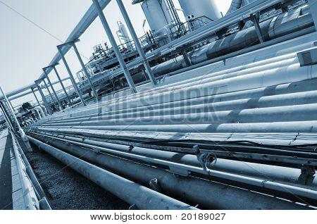 pipeline idea in a bluish toning