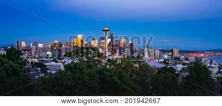 Seattle Skyline Sunset With Mount Rainier