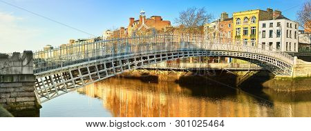 Dublin, Panoramic Image Of Half Penny Bridge