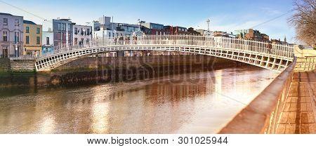 Dublin, Panoramic Image Of Half Penny Bridge