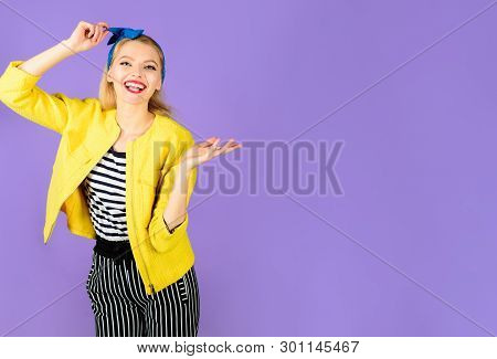 Vintage Pin-up Girl. Retro Woman. Stylish Lady. Expressive Facial Expressions. Smiling Retro Girl. E