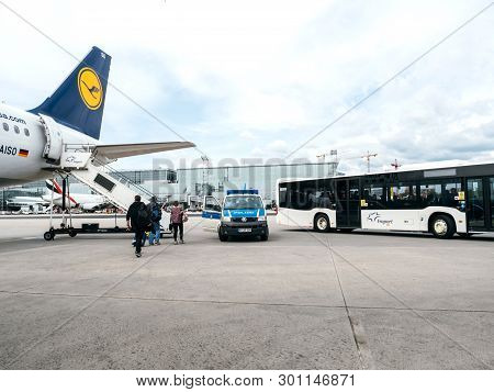 Frankfurt, Germany - Apr 29, 2019: Airbus A321-231 D-aiso On Tarmac With Polizei Police Van And Frap