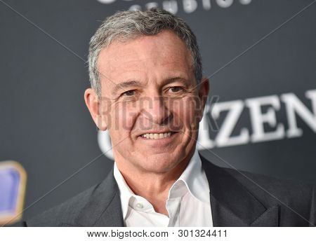 LOS ANGELES - APR 22:  Robert Iger arrives for the