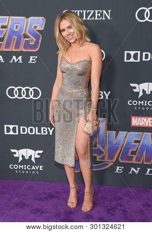LOS ANGELES - APR 22:  Scarlett Johansson arrives for the