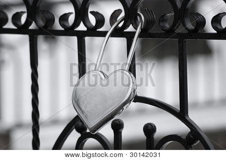 The lock of faithful love