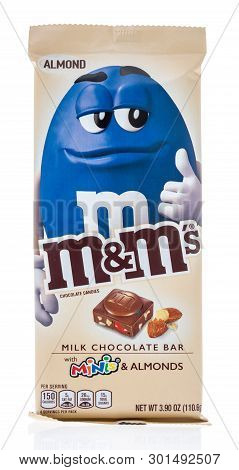 Winneconne, Wi - 10 May 2019 : A Package Of M M S Milk Chocolate Bar With Minis Mms Almond On An Iso