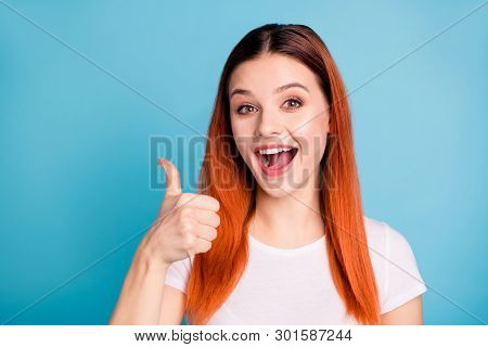 Close Up Photo Of Content Cute Funky Teen Teenager Scream Good Perfect Deal Done Enjoy Advert Advice