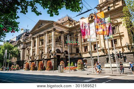 4 January 2019, Melbourne Vic Australia : Melbourne Town Hall View In Melbourne Victoria Australia