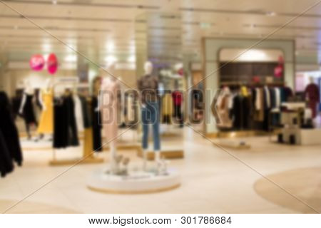 Abstract Blur And Defocused Beautiful Shopping Mall Of Deparment Store For Background.