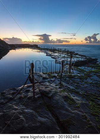 Morning Sunrise Across The Bogey Hole - Newcastle Nsw Australia. This Convict Dug Ocean Pool Dates F