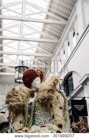 London, Uk - May 15, 2019: Fleurs De Villes Floral Couture Installation In Covent Garden Market Buil