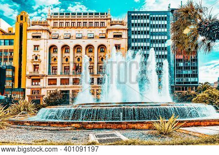 Fountain In  Valencia - Third Size Population  City In Spain