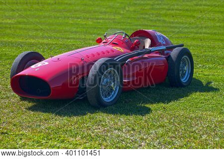 Chantilly, France - September 03 2016: The Ferrari 555 Supersqualo Is A Model That Allowed Ferrari T