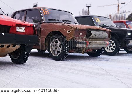 Perm, Russia - January 26, 2020: Cars Equipped For Tough Races Stand At The Start Before An Amateur