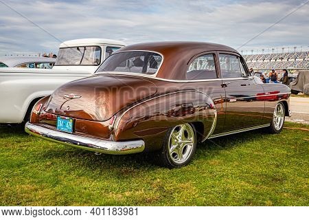 Daytona Beach, Fl - November 28, 2020: 1950 Chevrolet Deluxe Sedan  At A Local Car Show.