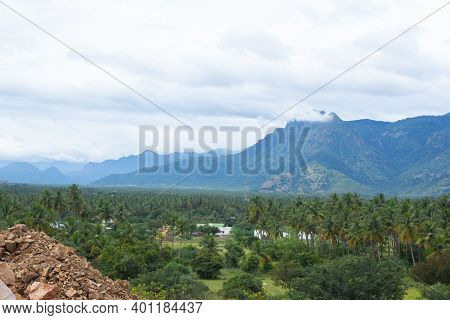 Hills And Farmlands Of South India - Tamilnadu Landscape . Beautiful Farmlands - A View From The Hil