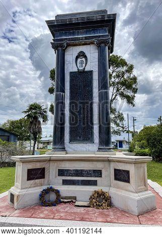 Esk, Australia - December 25, 2020: View Of The War Memorial Built In 1921 In The Rural Town Of Esk,